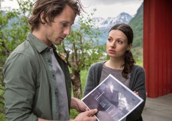 Seriál Láska pri fjorde: Pod ľadom