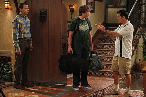 Two and a Half Men  VIII (2)