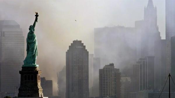 Ve stínu věží: Stuyvesantova střední 11. září