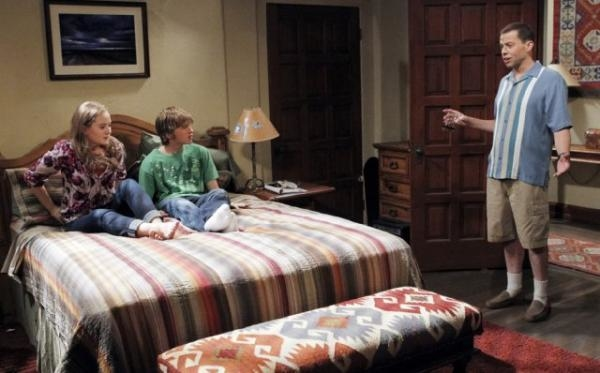 Two and a Half Men  IX (8)