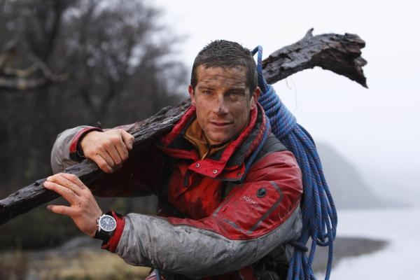 Dokument Bear Grylls: Muž vs. divočina