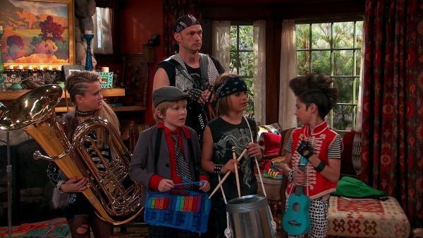 Nicky, Ricky, Dicky a Dawn  II (11)