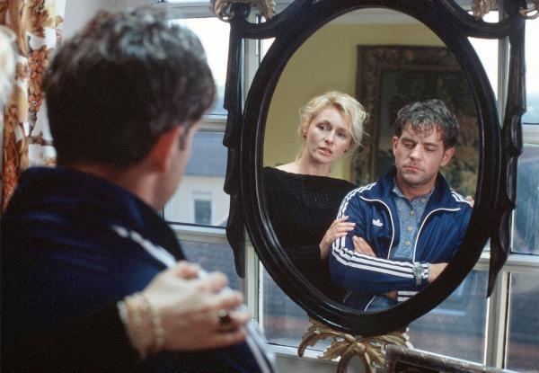 Seriál Utta Danella: Černé zrcadlo