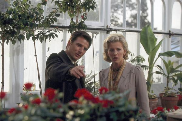Film Barbara Wood: Kletba rodu Pembertonů