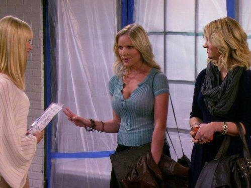 2 Broke Girls  II (9)