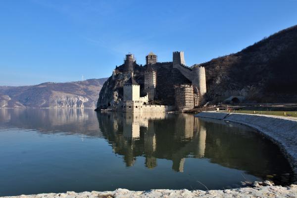 Pevnosti na Dunaji