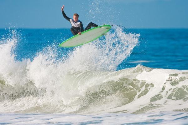 Výzva: Frajeri na surfoch