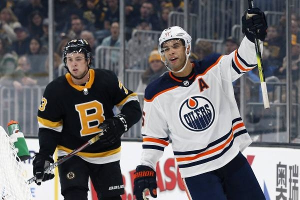 NHL Classic games: Boston Bruins - Edmonton Oilers