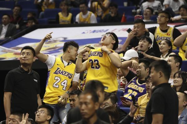 NBA - Když diváci šílí