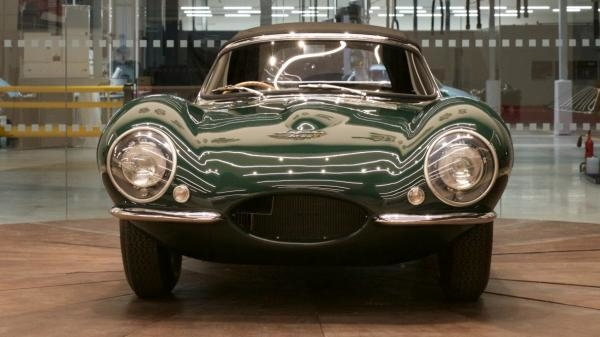 Dokument Jaguar: Jak se rodí superauto