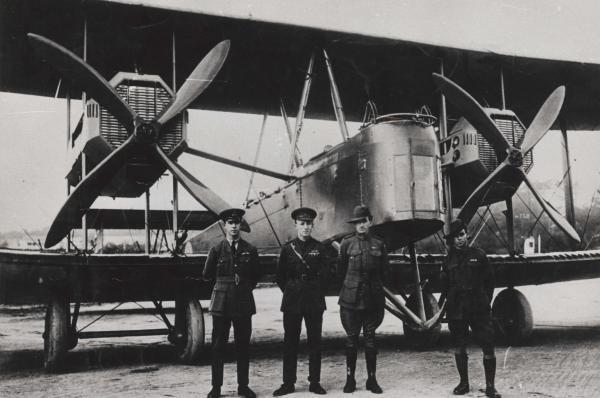 Dokument 1919 - rekordní let z Anglie do Austrálie!