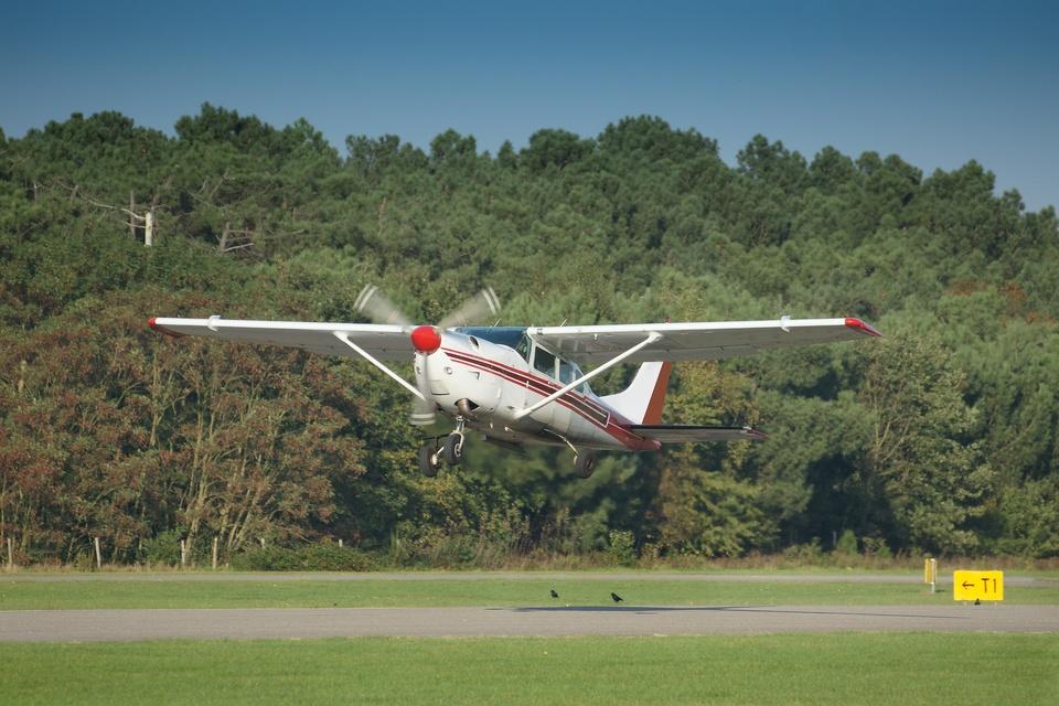 Výzva - SwimRuna a Akrobatické lietanie