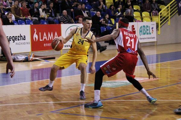 Basketbal: BK JIP Pardubice - BK Opava