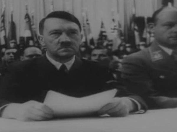 Dokument Hitler ve válce