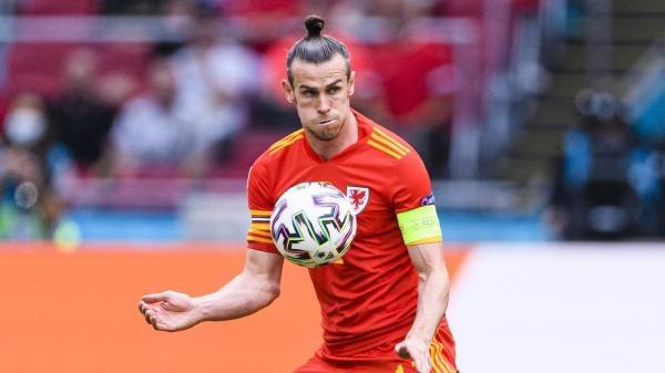 Nesmrteľní - Bale a Curry a Conte