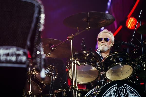Dokument Queen & Adam Lambert: The Show Must Go On