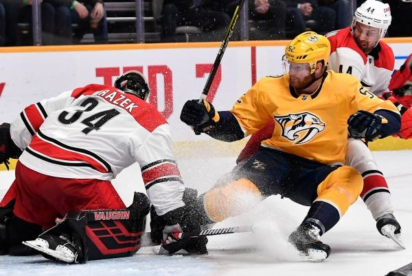 Nashville Predators - Carolina Hurricanes