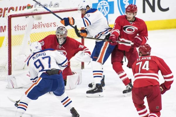 Carolina Hurricanes - Edmonton Oilers