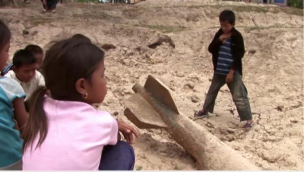 Laos: Lovci bomb