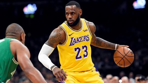 NBA - Dalekonosné přihrávky 2015-2020