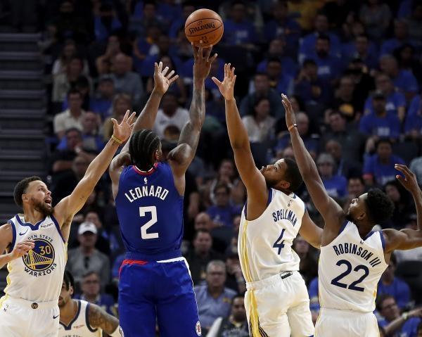 NBA - akce měsíce