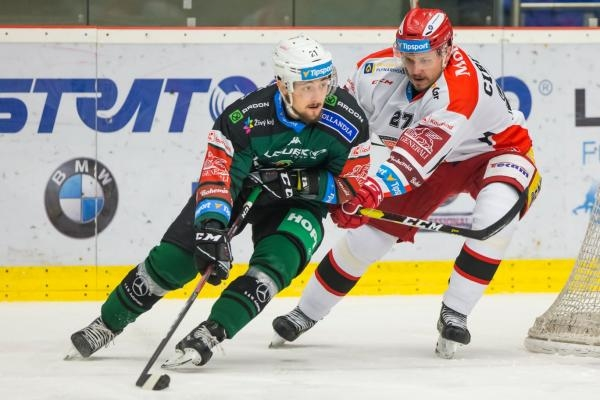 Hokej: Mountfield HK - HC Energie Karlovy Vary