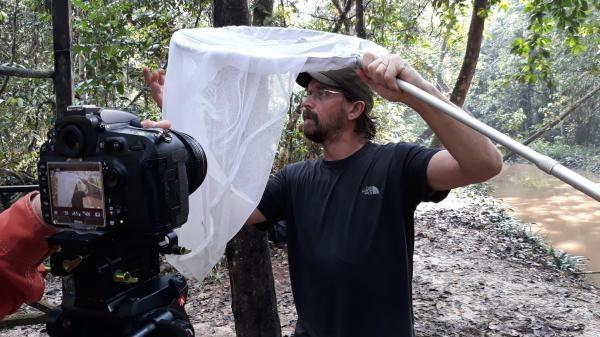Dokument Češi zachraňují... opice kahau v Indonésii
