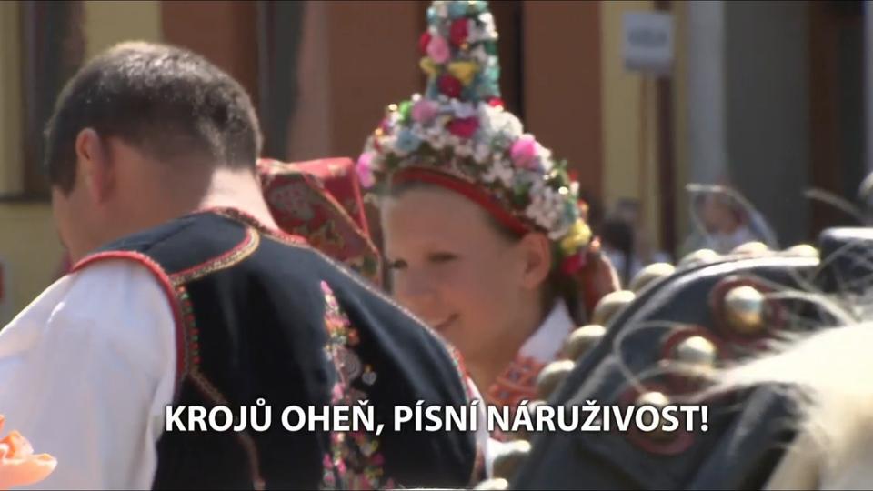 Dokument Krojů oheň, písní náruživost!