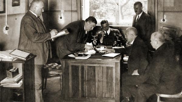 Dokument Berlín 1918-1933: Metropole zločinu