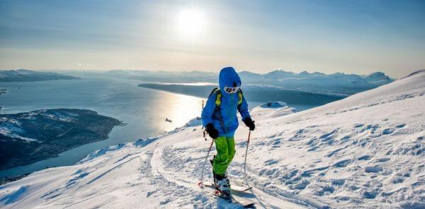 Sport v regionech: Noc tuleních pásů, Pec pod Sněžkou