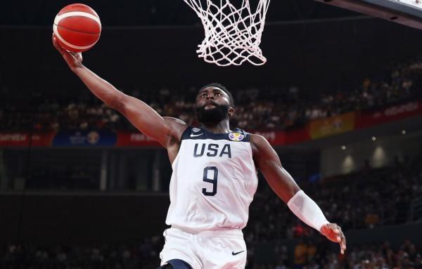 Basketbal: Francie - USA
