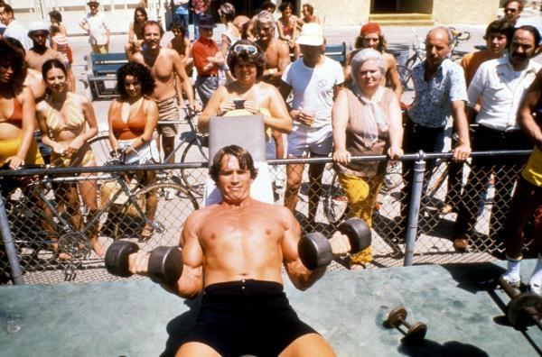 Dokument Ako sa formuje Arnold Schwarzenegger