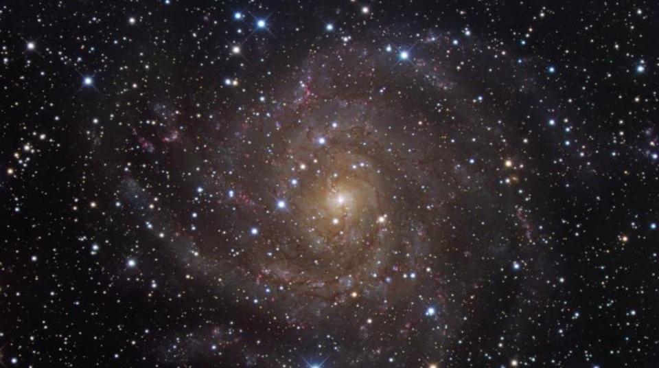 Dokument Hlubinami vesmíru s prof. Janem Paloušem, galaxie 2. díl