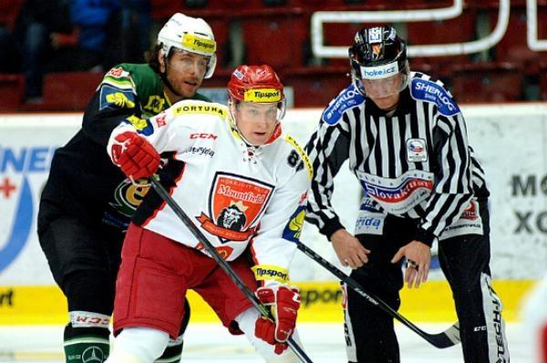 Hokej: Hokej: Mountfield HK - HC Energie Karlovy Vary