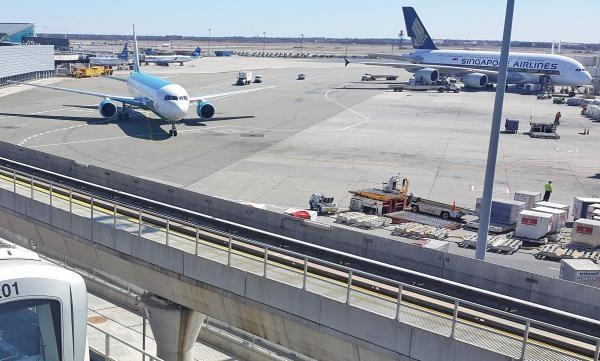 Nebezpečná letiště!