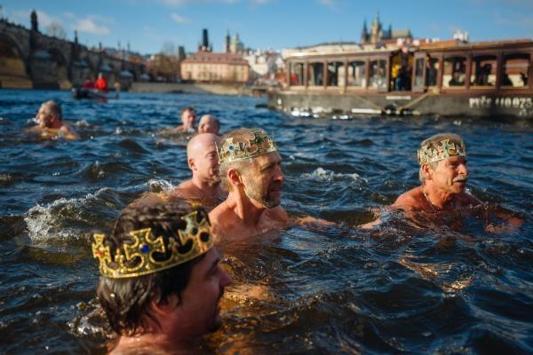 Sport v regionech: Tříkrálové otužilecké plavaní, Praha