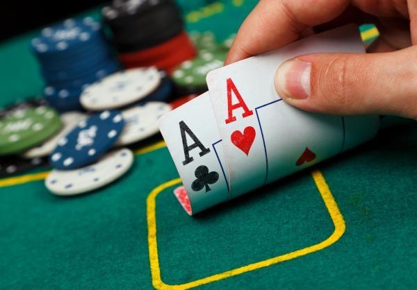 Poker: Big Wrap Pot Limit Omaha