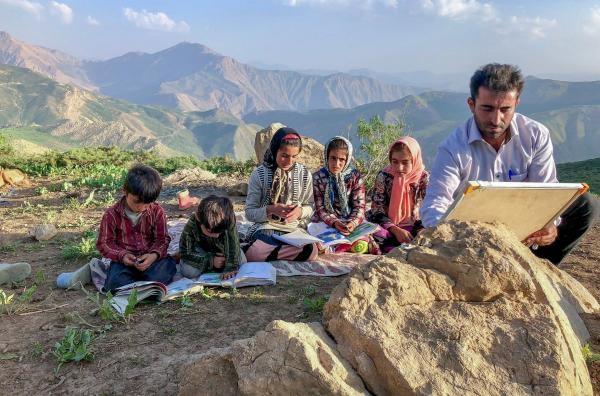 Írán: Učitel mezi nomády