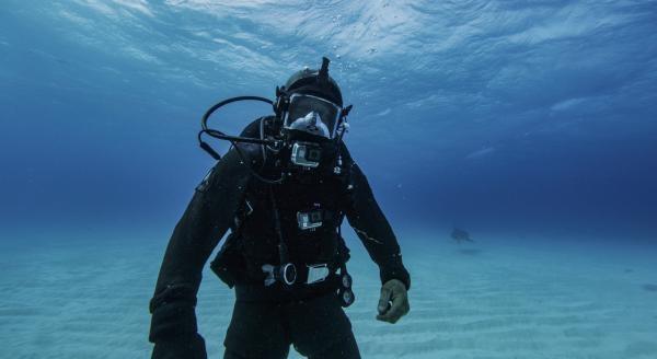 Člověk versus žralok