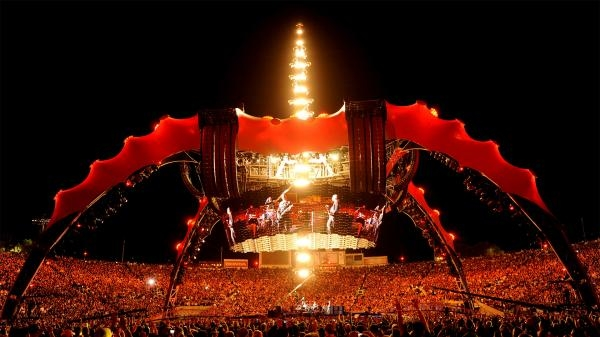Dokument U2: 360° at the Rose Bowl
