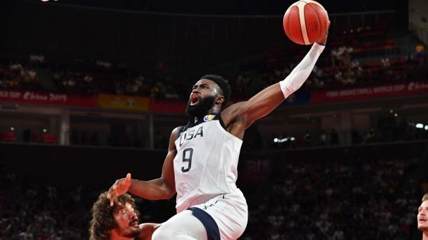 Basketbal: USA - Francie