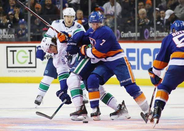 New York Islanders - Vancouver Canucks