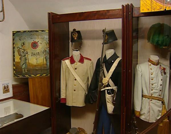 Dokument Muzeum vojenských uniforem