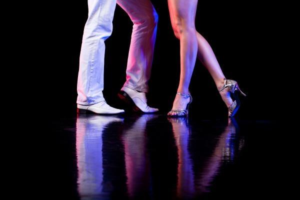 Tanči svůj tanec