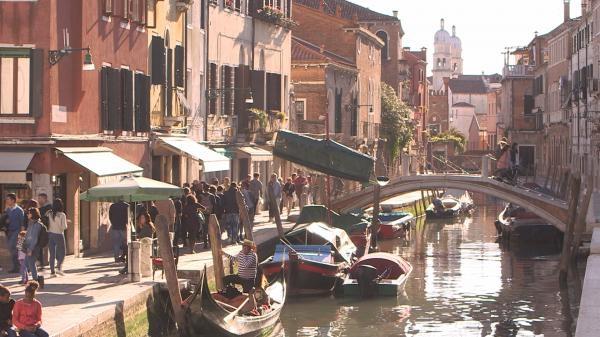 Dokument Benátky: Ako zadržať príliv?